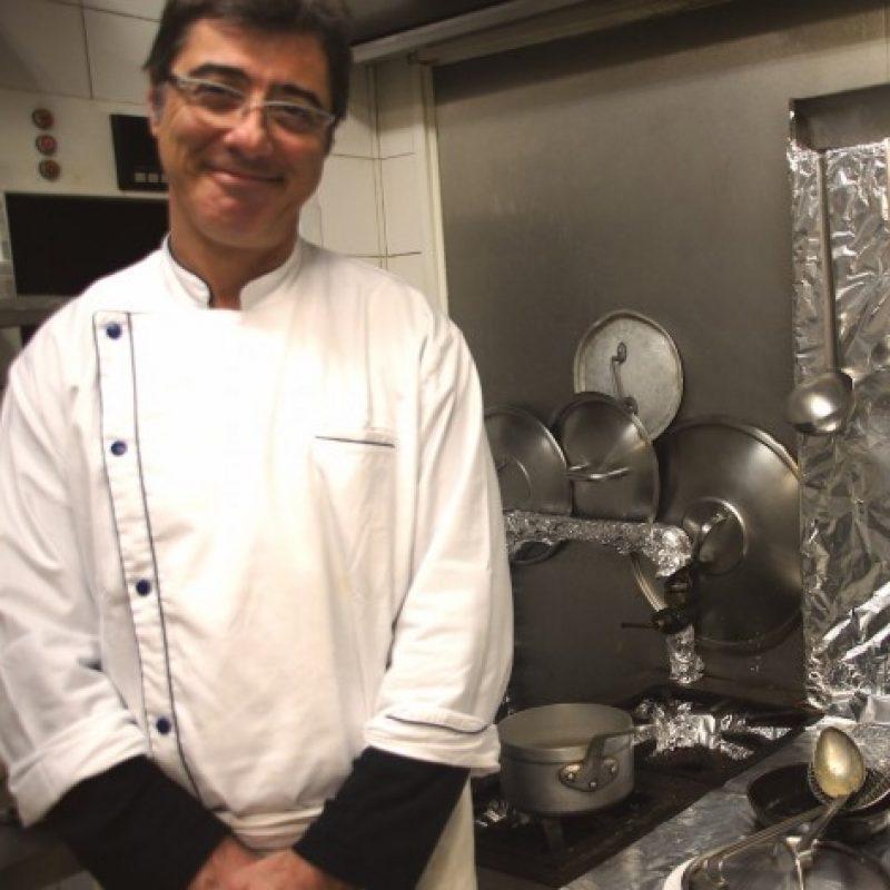 """<strong><a href=""""http://www.dimitritraiteur.com/chef-a-domicile-herve-panzer-dimitri-restaurant-et-traiteur/"""">Chef à domicile</strong></a>"""